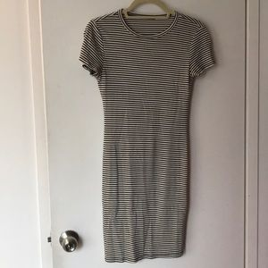 Black and White Striped Short Sleeve Soprano Dress